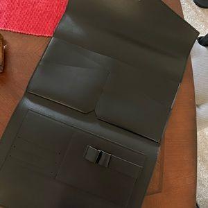 Glass Ladder & Co Bags - New Black Megan Clutch Portfolio Ladder & Co
